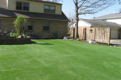 Motz-Turf-Farms-artificial-yard-2